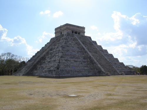 El Castillo, Chichen Itza, Yucatan, Mexico; Photo:KFawcett