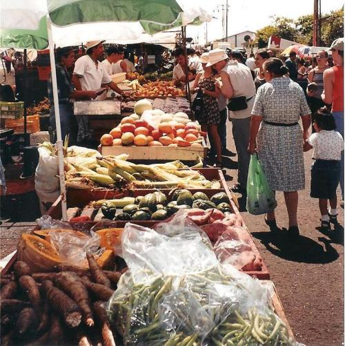 Farmer's Market, San Rafael de Heredia, Costa Rica; Photo:KFawcett