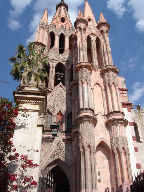 La Parroquia, San Miguel de Allende, Guanajuato, Mexico; Photo:KFawcett