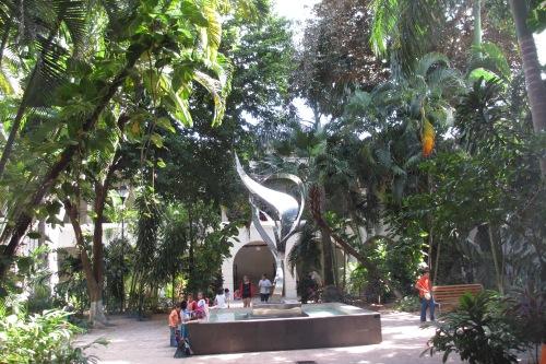 Courtyard of the MACAY, Merida, Yucatan, Mexico; Photo:KFawcett
