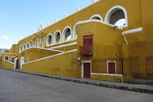 Ex-Convento y Iglesia de San Antonio de Padua, Izamal, Yucatan, Mexico; Photo:KFawcett