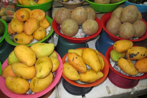 Mangos and Sapotes at the Merida Market, Merida, Yucatan, Mexico; Photo:KFawcett
