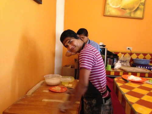 Making candy at Naranja Dulce, San Miguel de Allende; Photo:KFawcett